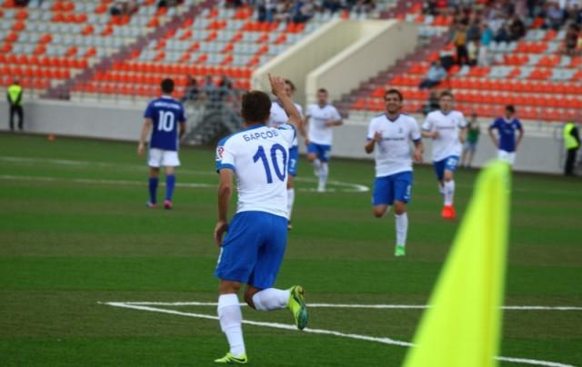 Фото футбольной команды волга